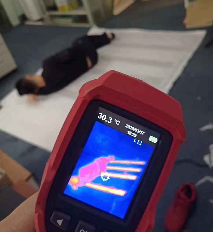电热毯的石墨烯发热芯片.jpg
