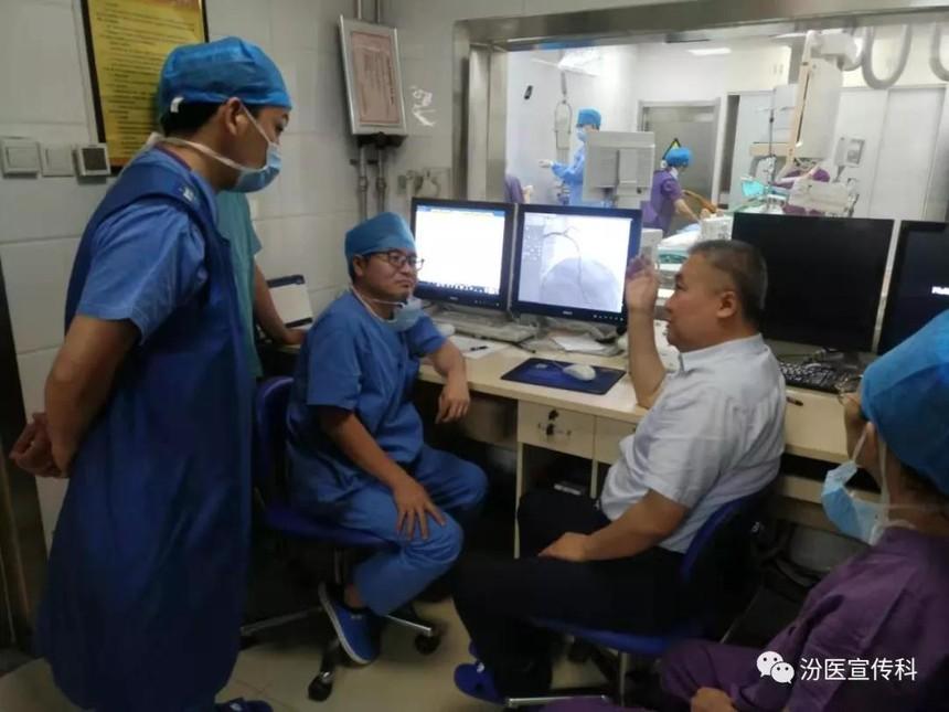 日本专家在汾阳医院开展学术交流.jpg