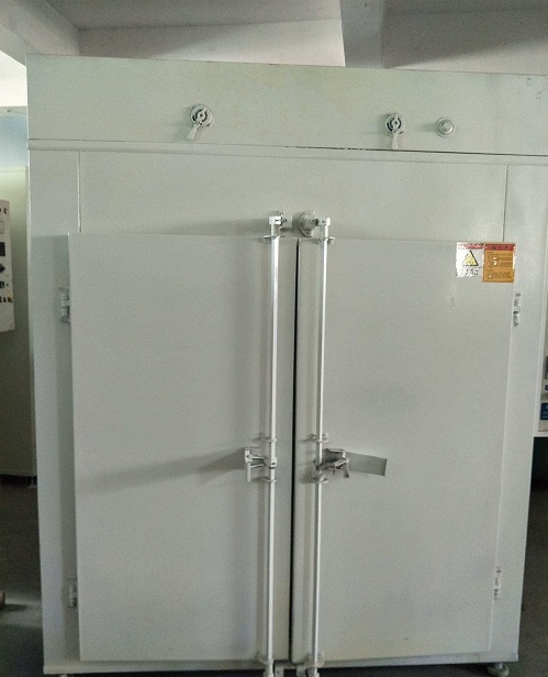 工业烘箱与工业烤箱的区别在哪里?