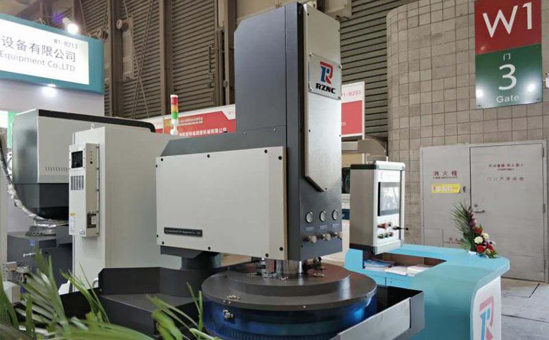 双面研磨机中使用的研磨液在加工过程中所呈现特点
