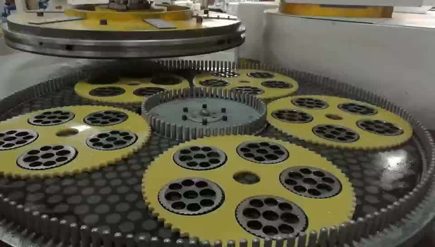 陶瓷片研磨機床工作原理