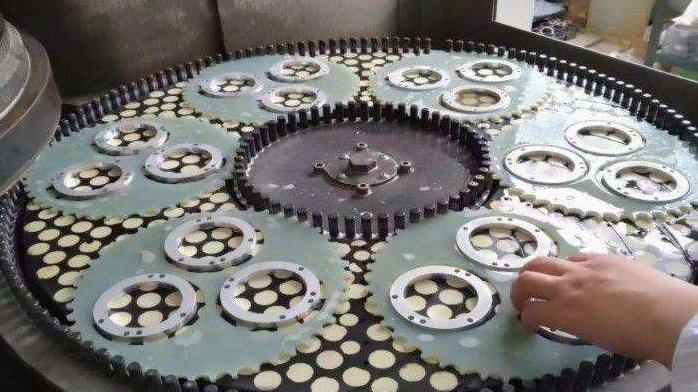 发往景德镇陶瓷片研磨设备