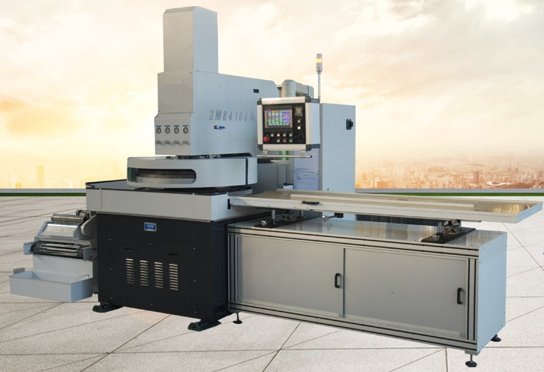 高精度研磨抛光机研磨方法有以下2种形式