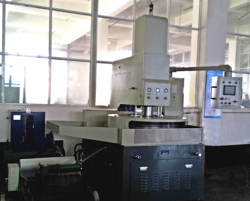 研磨金属铝铁棚材质研磨机设备