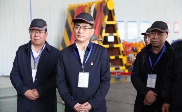杨建武在调研工业企业时强调 最大限度释放产能圆满完成年度目标任务