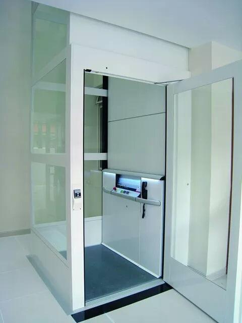 復式樓房不想爬樓梯可以安裝家用電梯