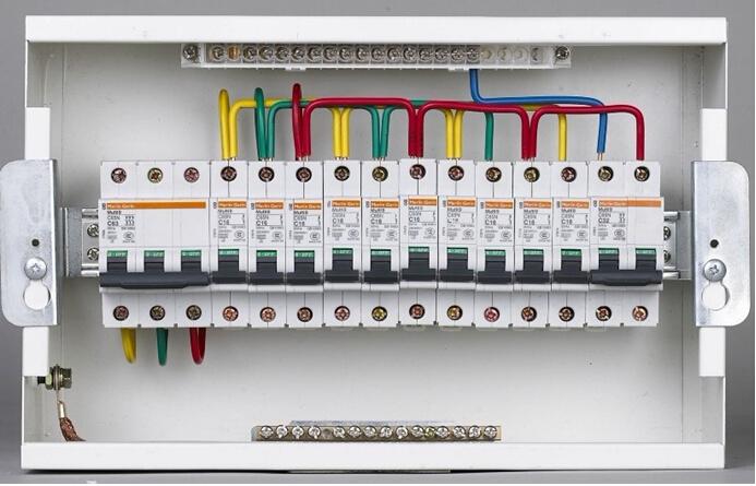 家用配电箱安装接线图