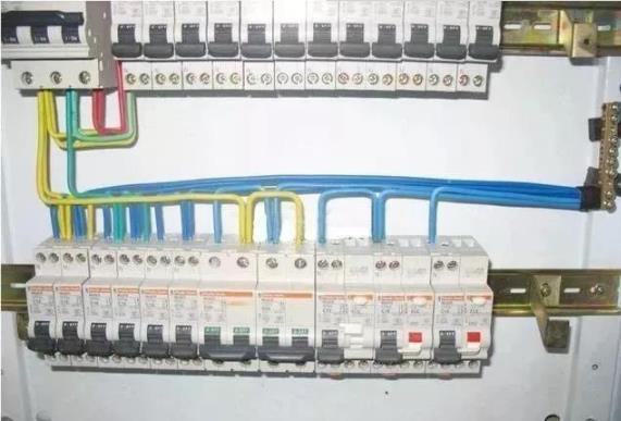配电箱接线