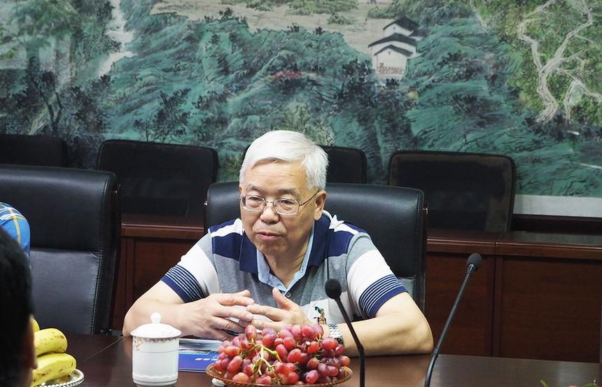 李明华博士