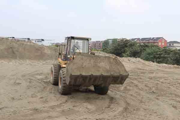河砂可分为粗砂和细砂两种类型
