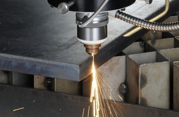 激光切割加工机的操作流程