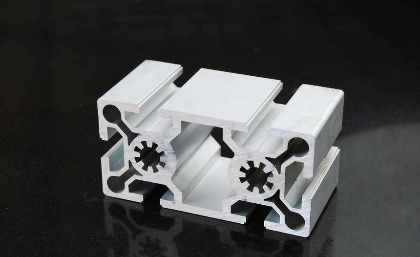 沈阳共工业铝型材