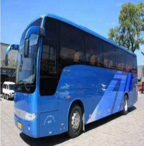 45座巴士