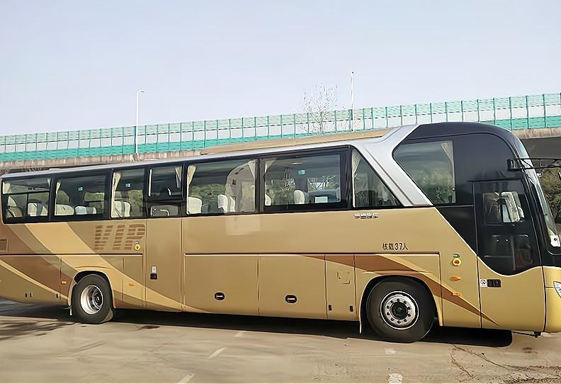 上海大巴车多少钱一天