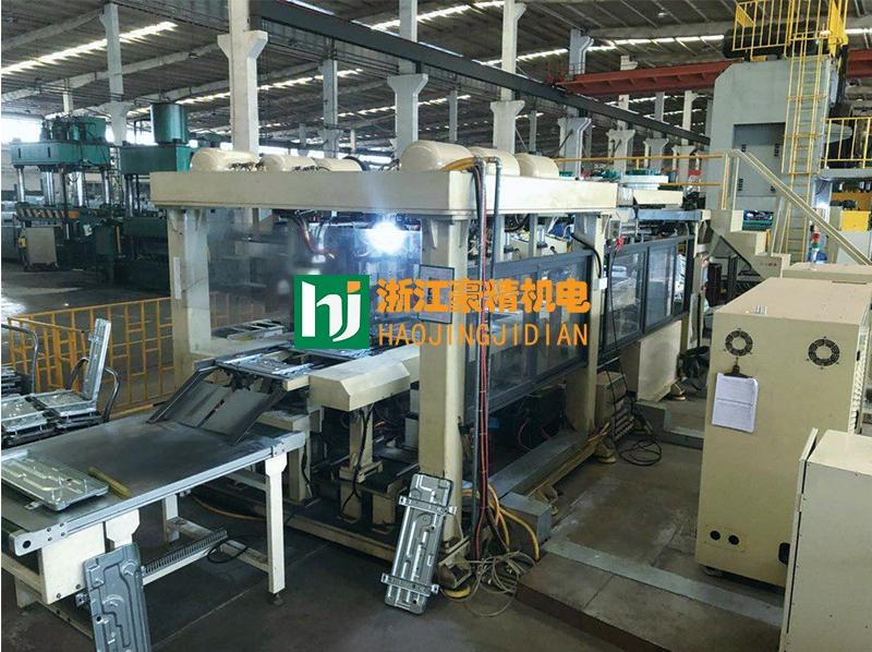 空调底板焊接生产线