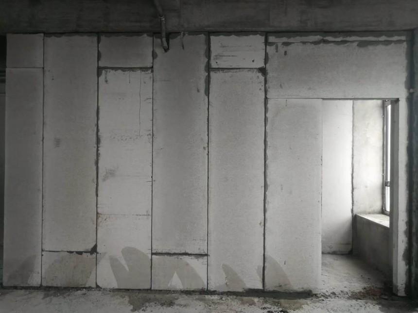 轻质隔墙板抹灰