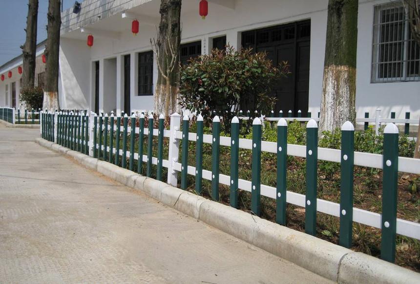 pvc护栏围栏有哪些好处?看了就知道