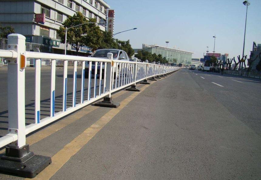 pvc道路护栏安装注意事项