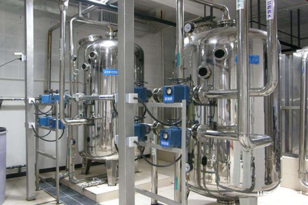 超纯净水设备中有哪些因素可以造成水压不稳定