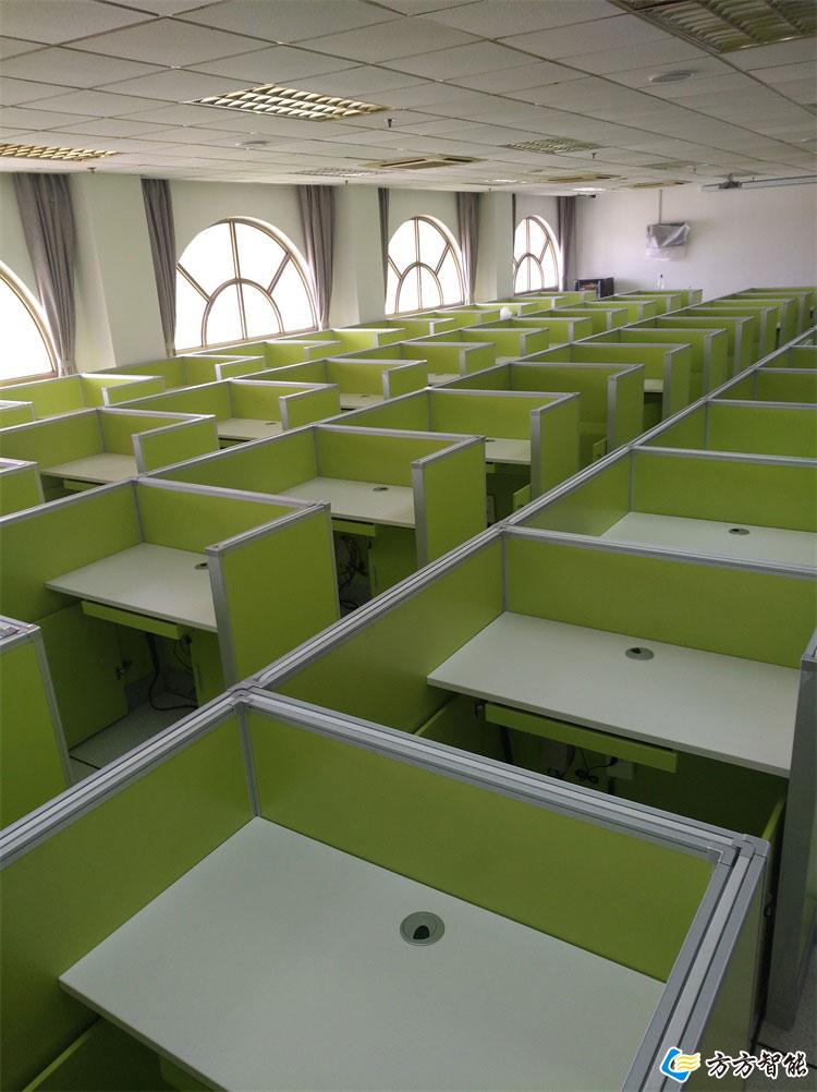 防作弊考试桌