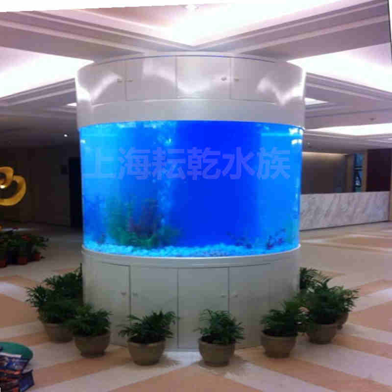 大型亚克力圆柱鱼缸定制就找上海耘乾水族工程有限公司咨询13162356777