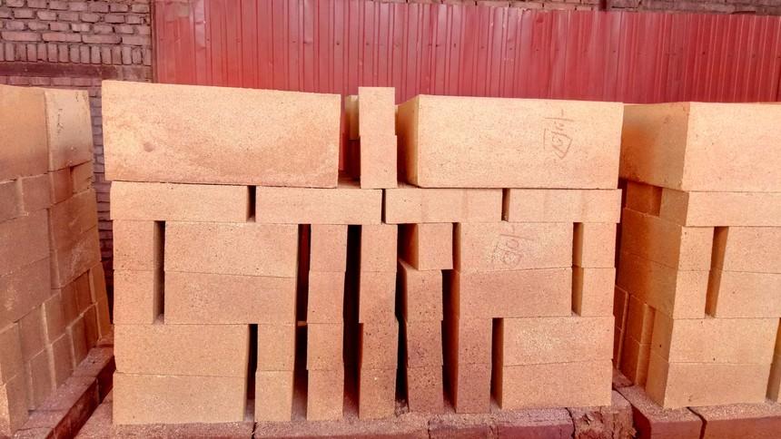 耐火砖的抗碱性处理方法