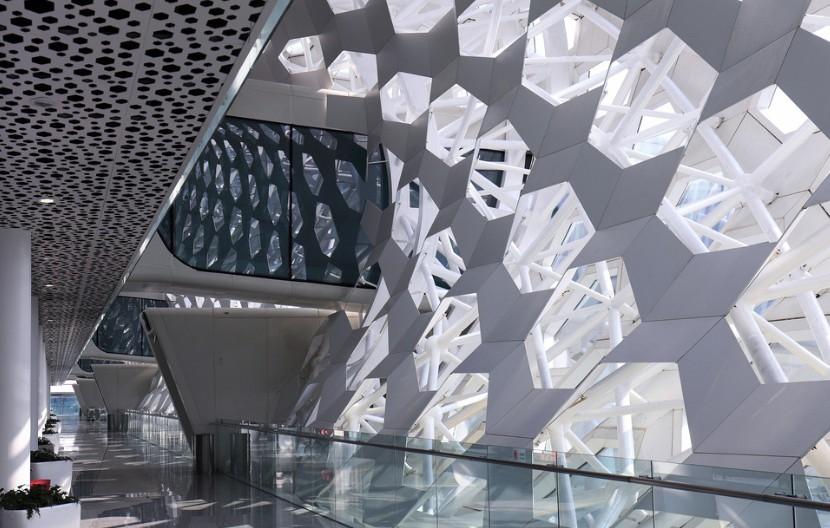 怎么選擇戶外鋁板材料和注意事項