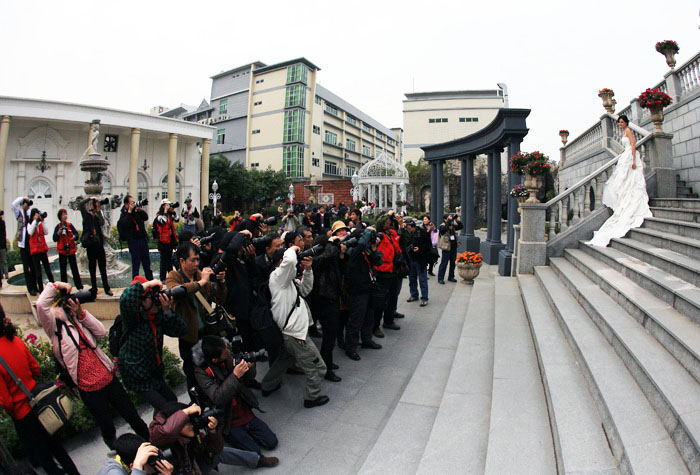 2011.02.21IPA嘉年华活动2(金夫人创作基地)_看图王.jpg