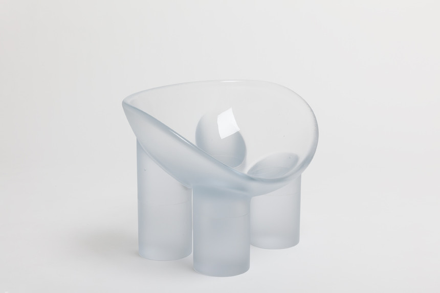 Toogood_Roly_Poly_Chair_Water_02_sm0.jpg