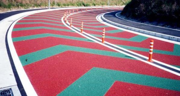 彩色沥青应用在混凝土路面上关于它的不同之处和使用范围你知道多少?