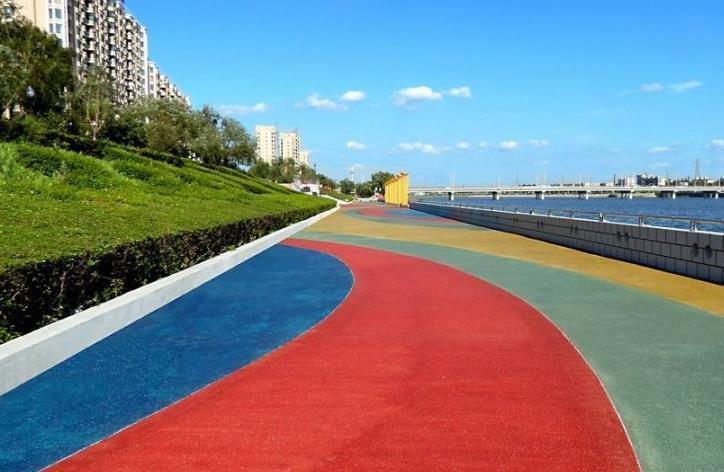 彩色沥青瓦路面