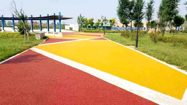 彩色沥青混凝土路面施工工艺