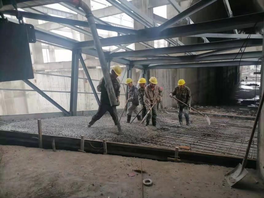 浙江绍兴恒鸣项目-干煤棚到转运站进出栈桥地面砼浇筑.jpg