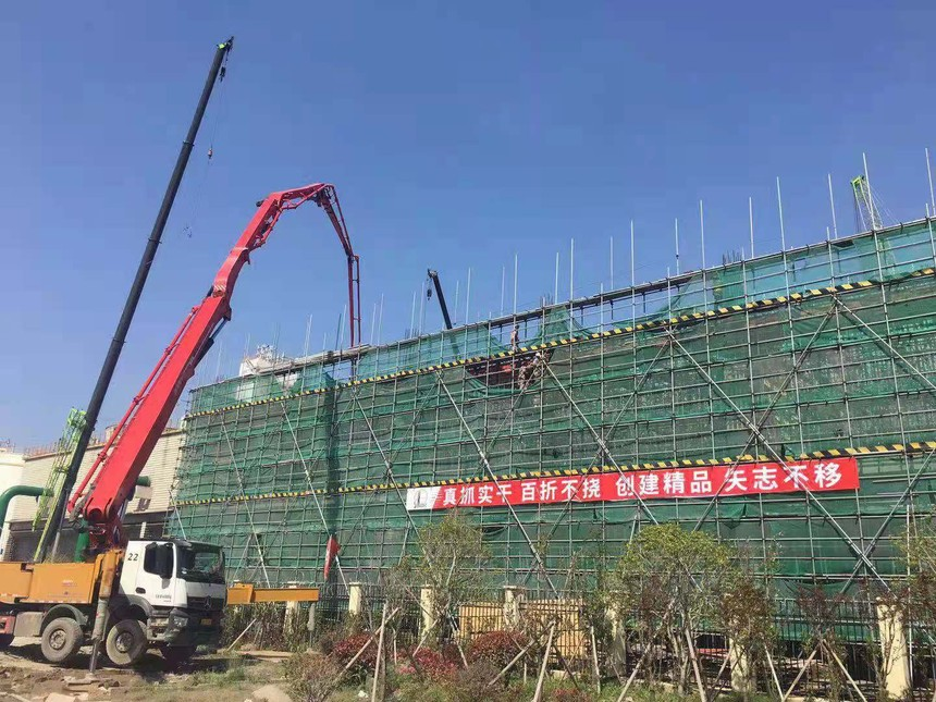 浙江镇海项目-循环水南侧12米层砼浇筑.jpg