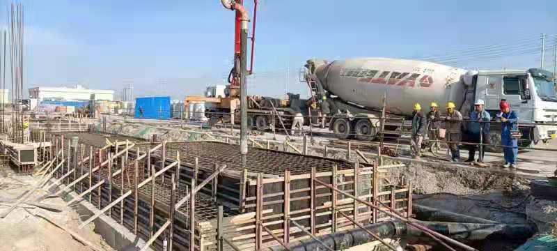 天津中沙项目-汽车衡浇筑混凝土 (2).jpg