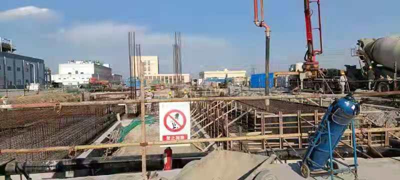 天津中沙项目-汽车衡浇筑混凝土.jpg