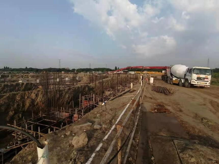浙江萧山项目-主厂房基础西半部分砼浇筑.jpg