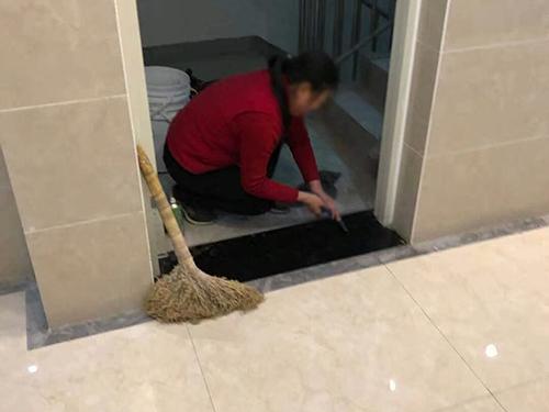 眉山保潔案例-瓏悅臺.jpg