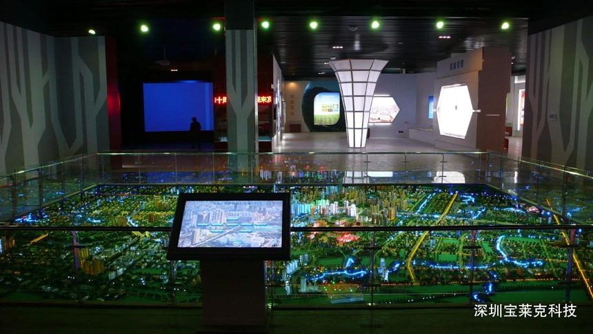 科技类展馆展厅中应用互动投影沙盘的优势有哪些?