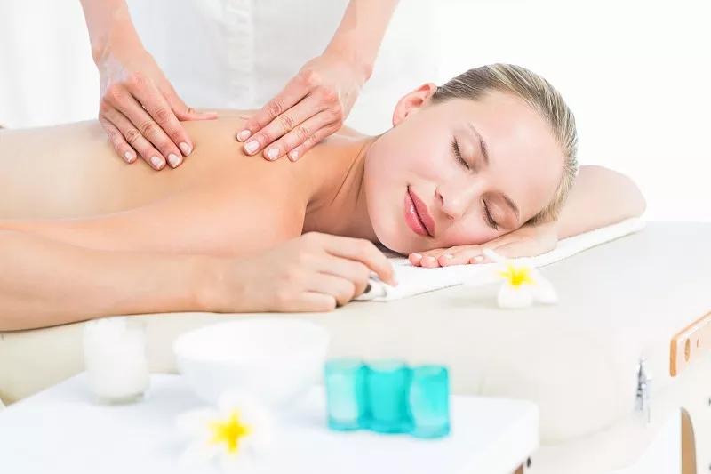 查找女性的按摩spa疗法服务