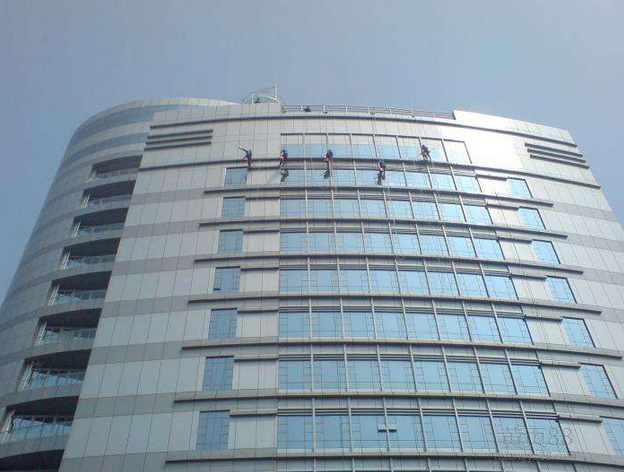 重庆外墙清洗1.png