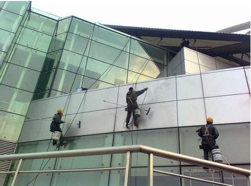 重庆外墙清洗3.png
