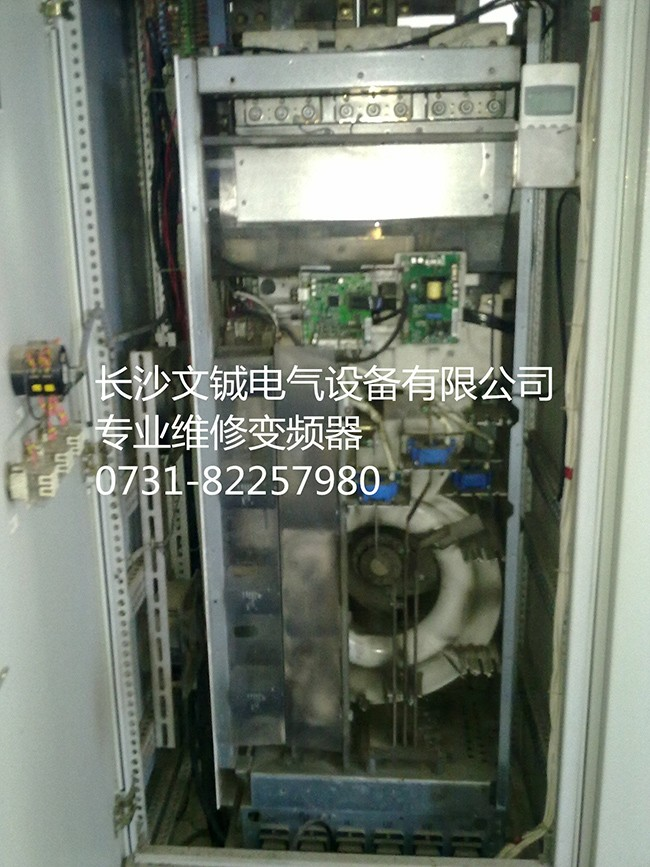 ABB ACS800-160KW变频器维修.jpg