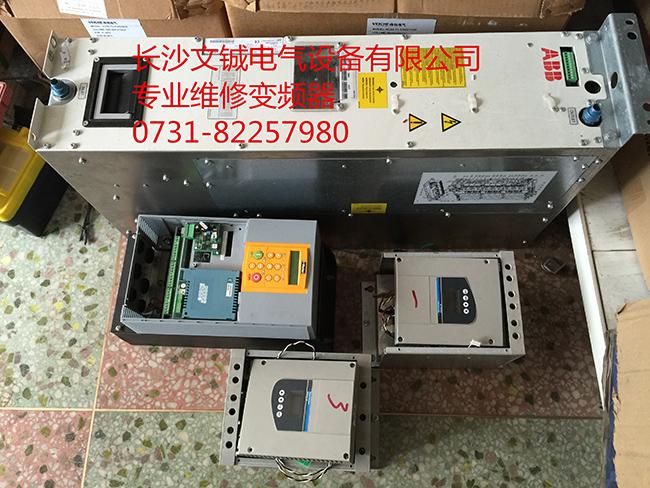 ABB ACS800-500KW风电变频器维修_副本.jpg