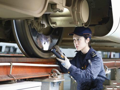 2019年成都铁路工程学校铁道检修专业招生简章