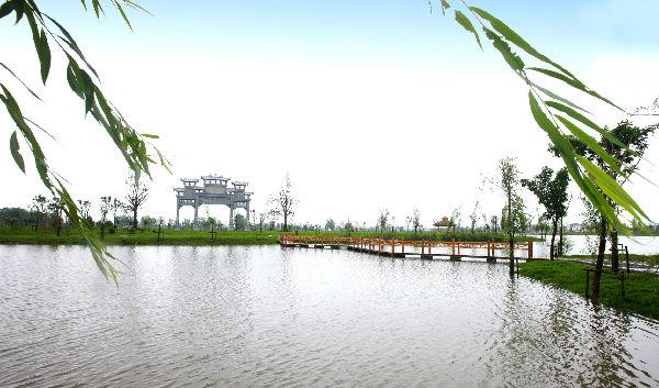 天边湖栈桥之三.JPG