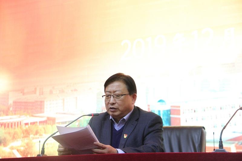 图3-党总支副书记杨晋生同志代表上一届党总支作工作报告.JPG