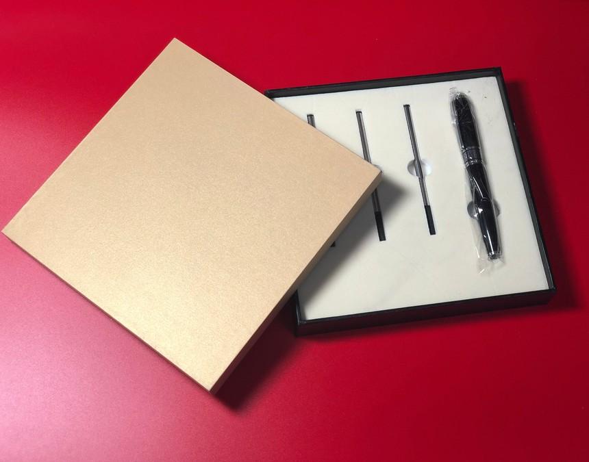 礼品盒.jpg