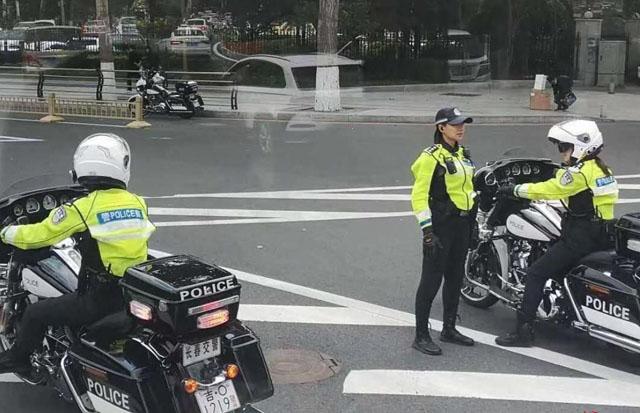 长春交警使用哈雷摩托车1.jpg