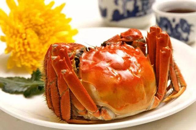 中秋吃螃蟹2.jpg